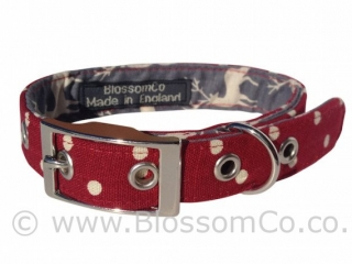 fabulous deep red dog collar with stags