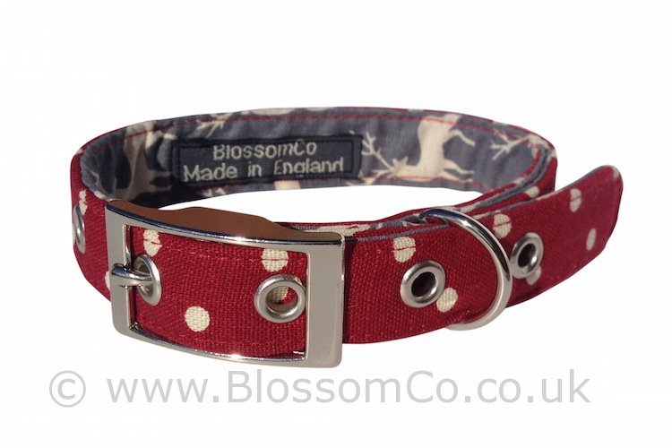 Angus collar - Rich red Linen look cotton with Highland Stags lining
