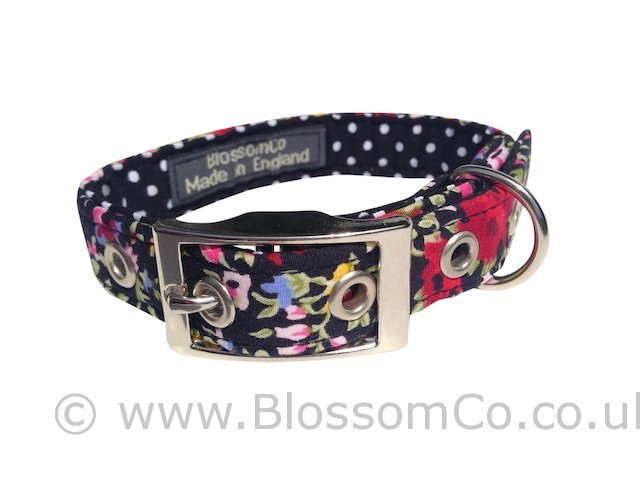 BlossomCo launch their new Delphi Design dog collar and lead at Harrogate Gift Fair