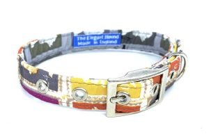 handmade dog collar with postage stamp theme design