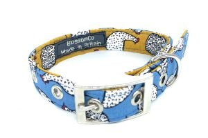 handmade dog collar in farm theme hens pattern fabric