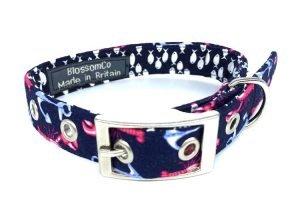 handmade fabric dog collar with lobster pattern design