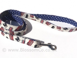 London Style is a dog lead with london buses and taxis design