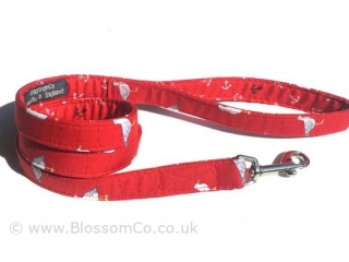 bright red dog lead with sea gulls design
