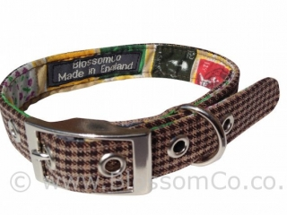 Wilbur is a trendy houndstooth style dog collar