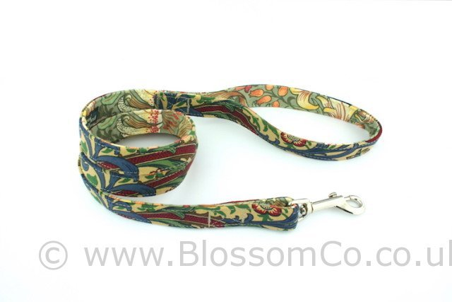 Dog Lead by BlossomCo in William Morris Golden Lily design