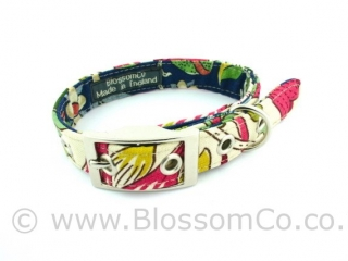 Dog collar by BlossomCo in William Morris Lodden design