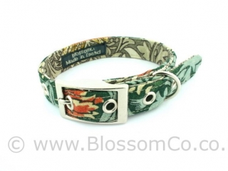 Dog collar by BlossomCo in William Morris Snakeshead design