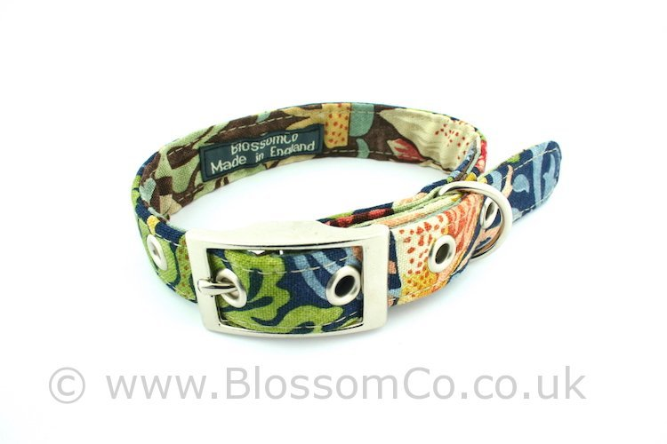Dog collar by BlossomCo in William Morris Strawberry Thief design