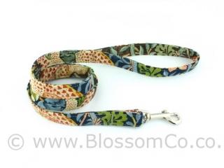 BlossomCo dog lead in William Morris Strawberry Thief design fabric