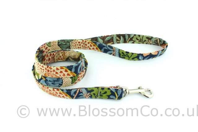 BlossomCo dog lead in William Morris Strawberry Thief design fabric